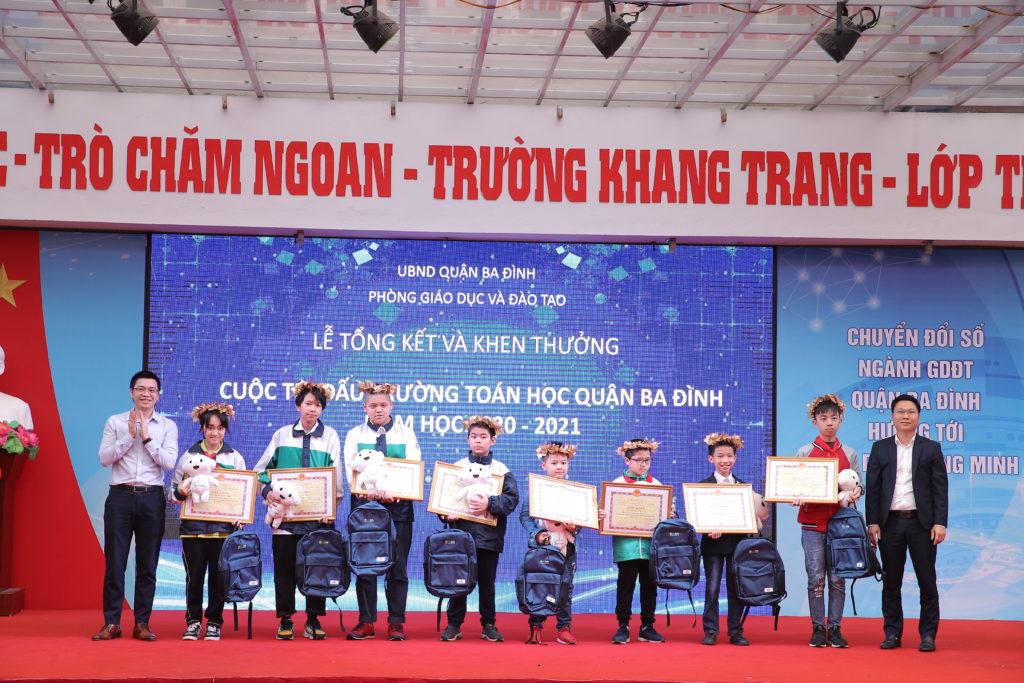 trao giải đấu trường toán học vioedu quận Ba Đình